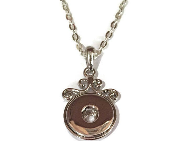 """Decrative Snap Pendant with matching 18"""" Rolo Chain"""