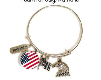 Fourth of July Bangle Bracelet - Coordinates with Studio66 LLC Snaps - Gingersnaps - Ginger Snaps - Magnolia and Vine Snaps - Customize