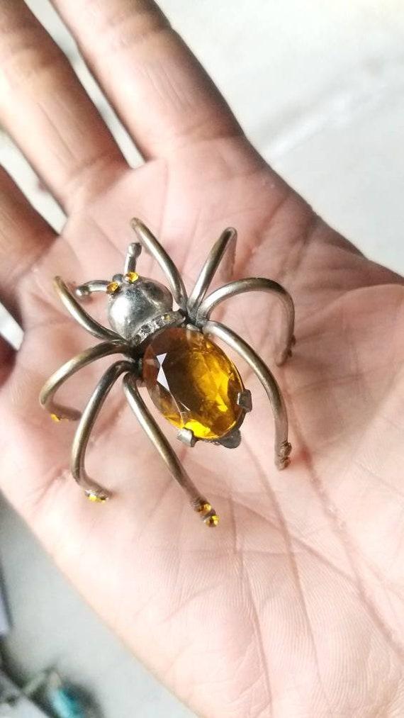 Art deco amber spider brooch, 1940s lapel pin, top