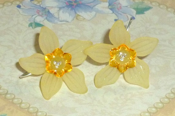 Spring Daffodil and Sterling Silver Earrings - You Choose Color