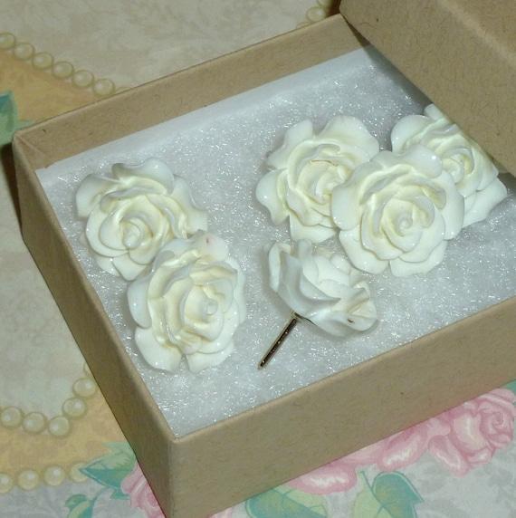 Ivory White Decorative Resin Rose Flower Cabochon Push Pin Thumb Tacks - Set of 6