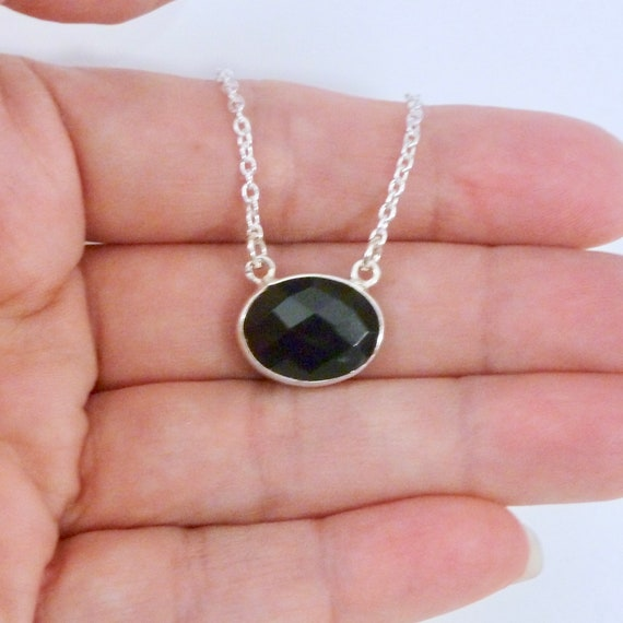 Oval Shaped Natural Black Onyx Gemstone Pendant Necklace