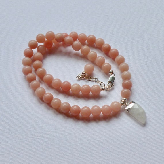 Pink Opal and Moonstone Beaded Horn Pendant Choker Necklace