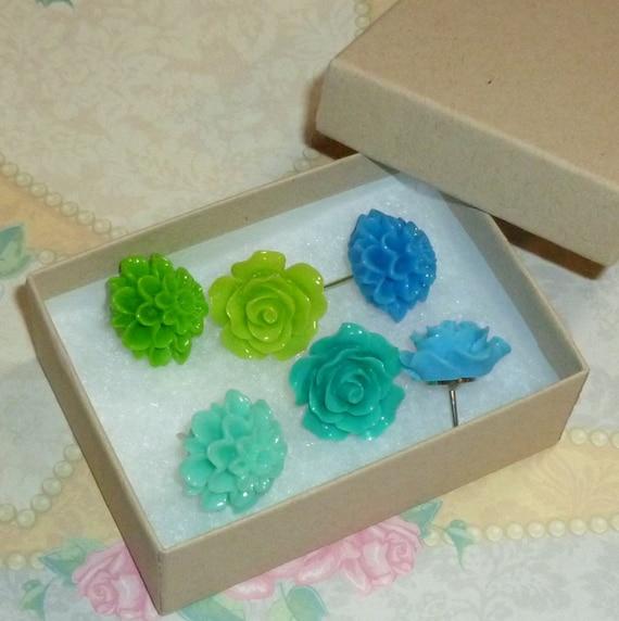 Blue Green Decorative Resin Rose and Chrysanthemum Flower Cabochon Push Pin Thumb Tacks - Set of 6