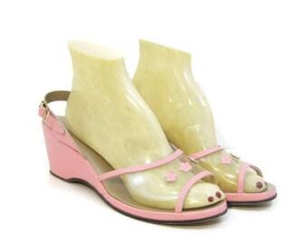 2fdf405c51f05 Vintage 50s Wedge Sandals Pink Slingback Heel Shoes Clear Vamp Flowers 8.5 9