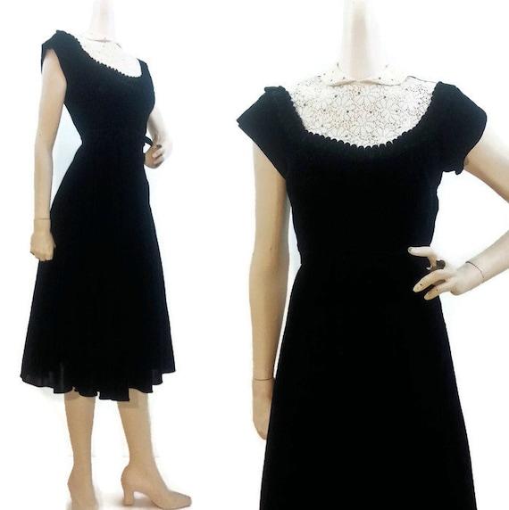 Vintage 40s Dress Black Velvet Lace Peter pan Collar Rhinestones Party Cocktail Evening S