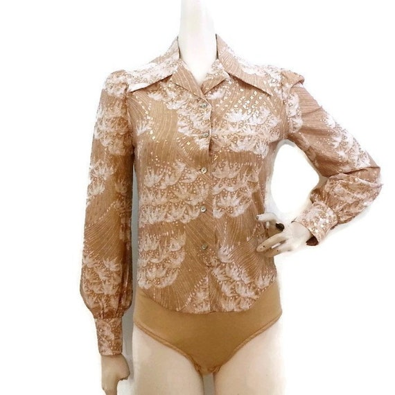 Vintage 70s 80s Handmade Gold Lurex Shiny Red Nylon Sequined Floral Applique Puff Ruffle Sleeve Ice Skate Dance Leotard Bodysuit Costume S M