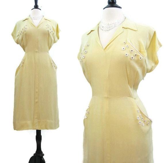 Vintage 50s Dress Yellow Rayon Daisy Rhinestone Su