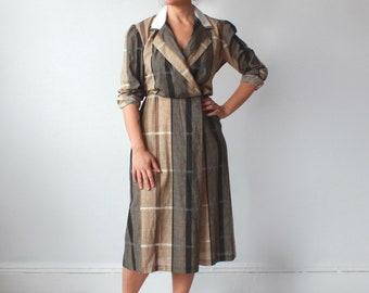 vintage surplice shirt dress | tan black plaid dress, size medium - large