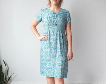 vintage plus size dress | blue floral 60s cocktail dress, size US 12