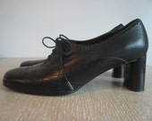 vtg black lace up oxfords 7.5