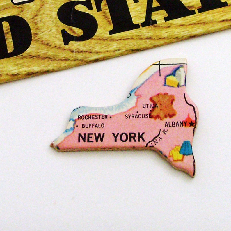 1961 New York Brooch Pin  Unique Wearable History Gift Idea  Upcycled Vintage Wood  Timeless Unisex Jewelry Gift Under 25