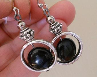 Onyx earrings, funky black stone earrings, boho earrings, bohemian jewelry, onyx jewelry, silver link jewelry, funky jewelry