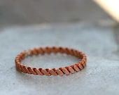 Hammered copper twisted wire ring (E0286)