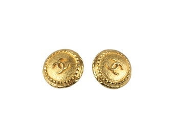 Authentic CHANEL Vintage Gold Metal Round Clip On CC Logo Earrings