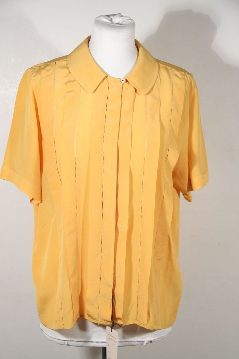 2dad3c1e4570a SPIGA 31 VINTAGE Yellow Silk SHORT sleeve shirt pintuck blouse sz 40 it ga