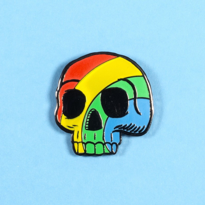 Pride rainbow skull pin badge image 0