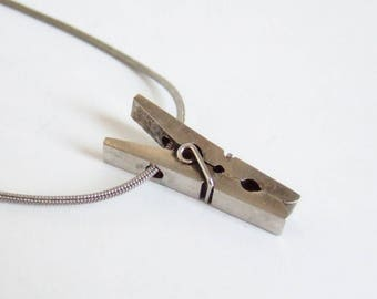 1980s Tiny Clothes Peg Pendant - Kitsch Vintage Metal Peg Charm on Snake Chain Necklace in Silver Tone Metal