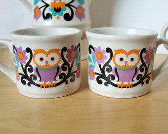 Pair of 1970s Owl Mugs - Folk Art Mod Design by Sadler - Two Small Mugs in Gorgeous Colours