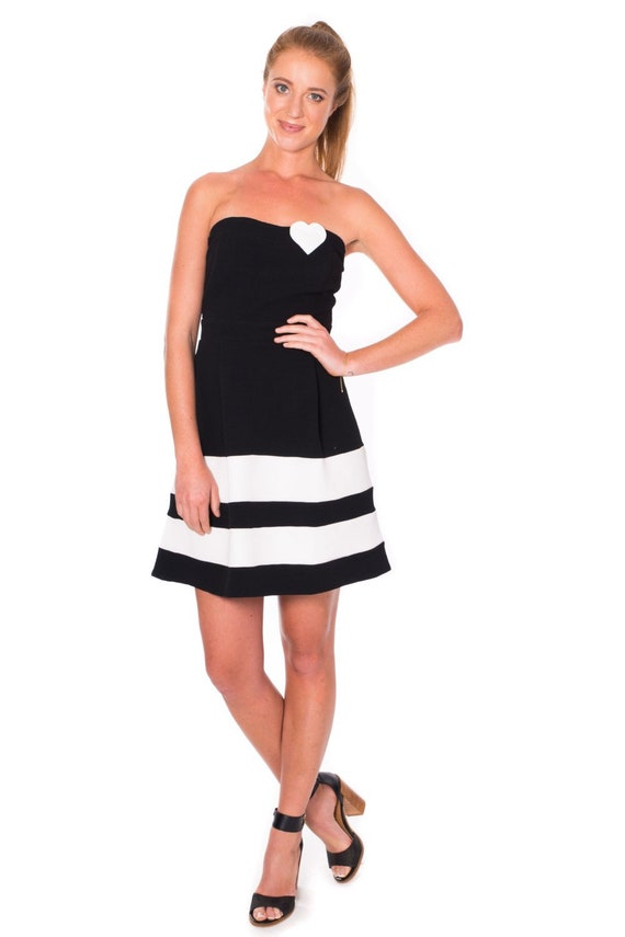 Clothing gifts for her . Women Strapless Dress . Black and White Dress . Flared Dress with Heart Apllique . New Year Party Dress