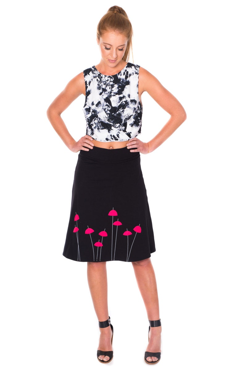 Plus size clothing, Gifts for Women, Black cotton skirt, A-line Knee Length  skirt, Midi Stretchy Jersey Skirt, Graphic Skirt- Red Umbrellas