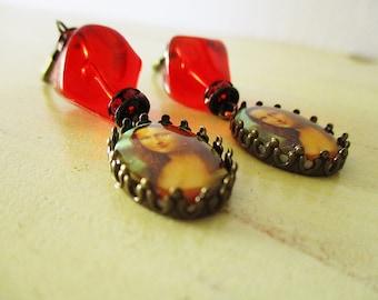 Mona Lisa Earrings