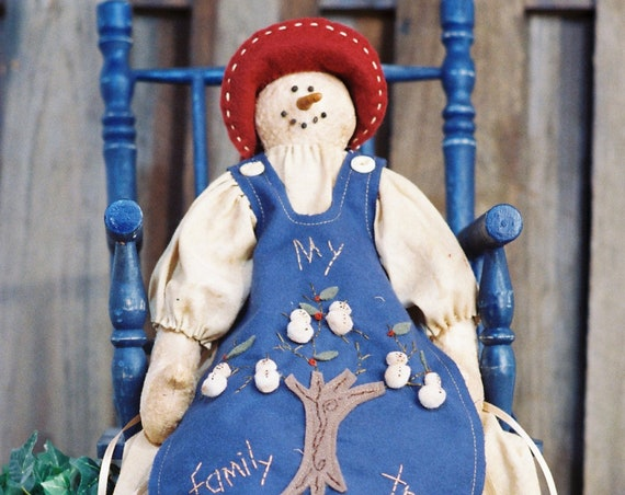 My Family Tree - Cloth Doll E-Pattern Holiday Snow Granny with Family Tree Apron