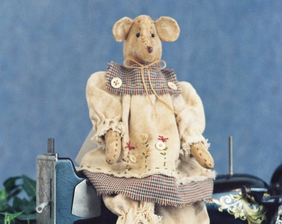 Sarah - Mailed Cloth Doll Pattern 18in Primitive Country Girl Bear