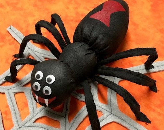 Mailed Cloth Doll Pattern Halloween Spider & Web Home Decor or Wreath