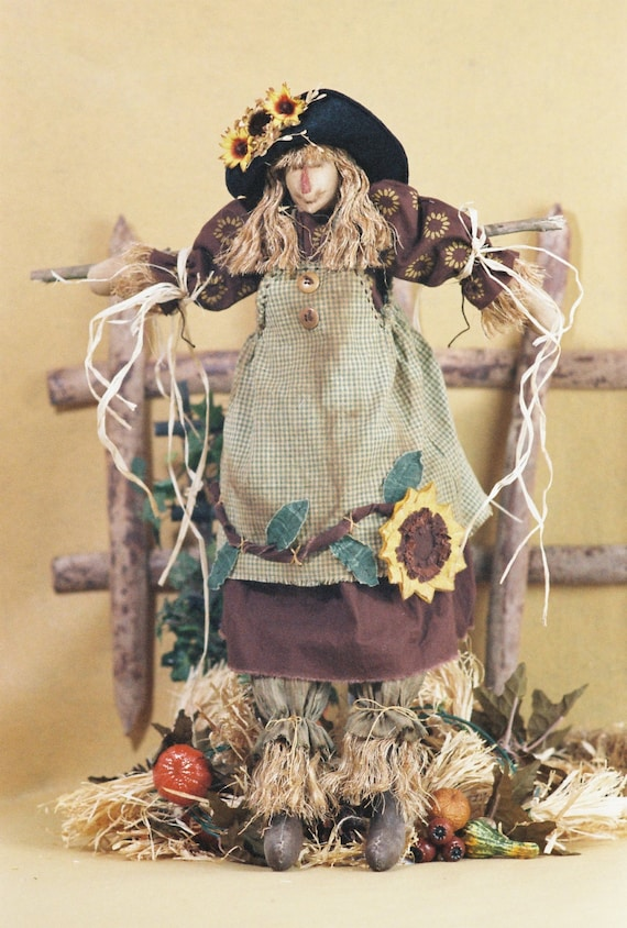 Gretchen - Mailed Cloth Doll Pattern- 24in Autumn Girl Scarecrow