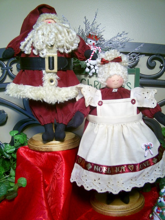 Mema and PaPa - Cloth Doll E-Pattern - 13in Santa and Mrs Claus Epattern