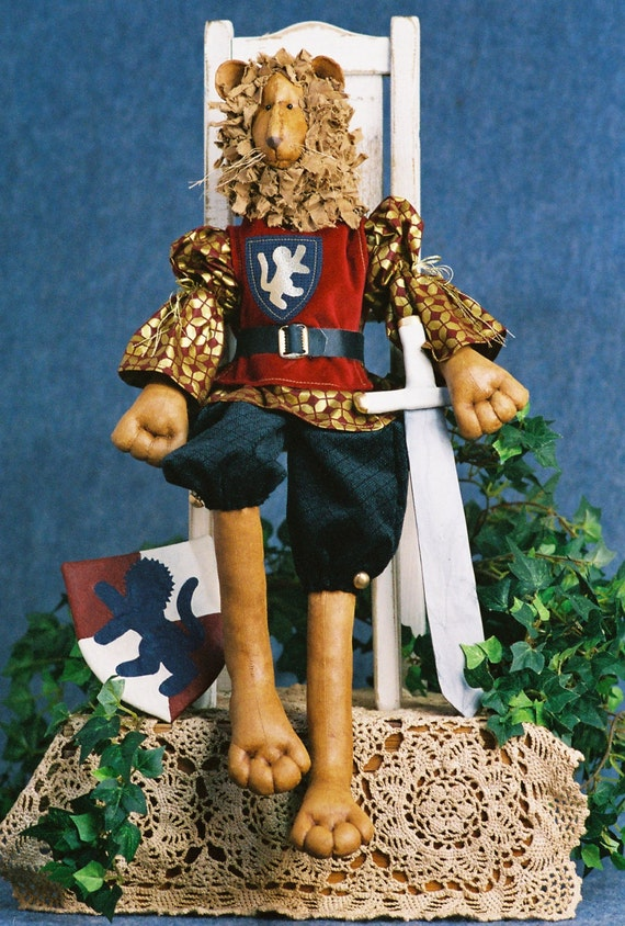 Richard the Lion Heart - Cloth Doll E-Pattern - 24 inch Royal Lion King Animal epattern