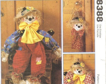 Scarecrows Sewing Pattern 'McCalls Crafts' Pattern No. 8388