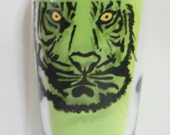 Hand painted tiger face glass tumbler