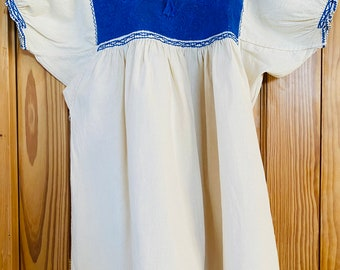 Blue French Knot Embroidered Blouse, Chiapas, Mexico, Size M