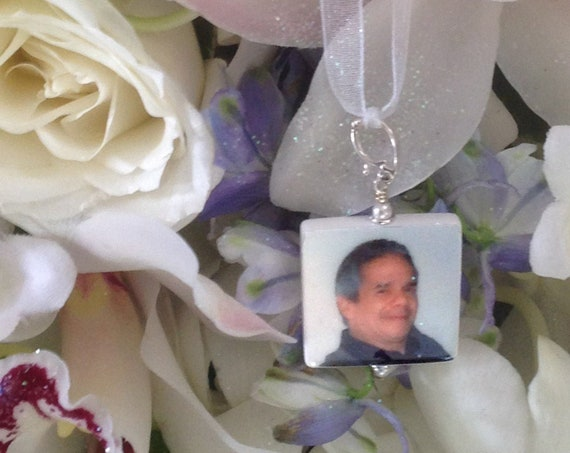 Wedding Bouquet Charm - Custom Memorial Photo Pendant - Bouquet Jewelry - Medium - BC2