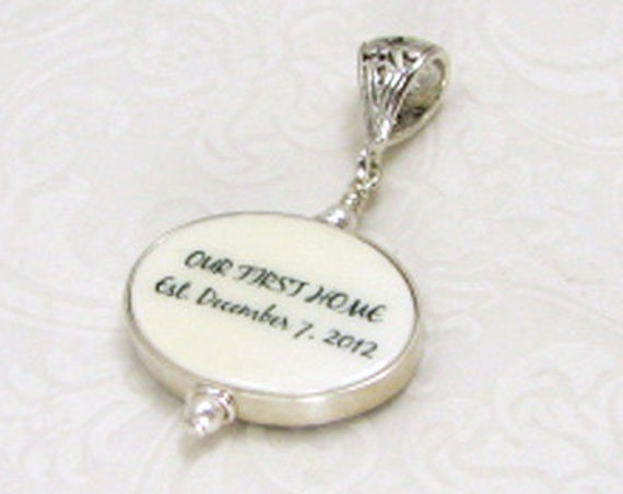 "Shiny Flat Framed Oval Photo Charm on a Fancy Bail - Small (.75"")"