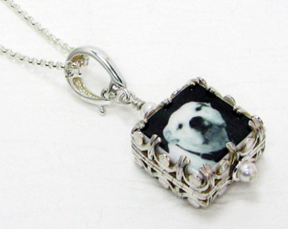 A Custom Photo Pendant Wrapped in a Gorgeous Sterling Silver Gallery Frame - XSM - WC5CfN