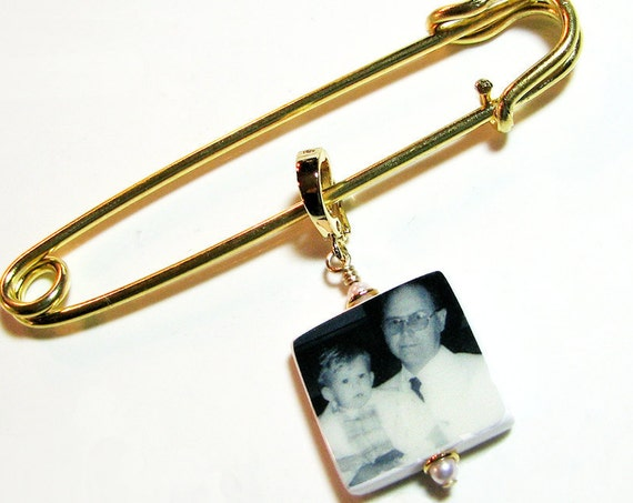 Boutonniere Pin / Corsage Pin Photo Charm, Small Memorial Charm and Pin - Custom Photo Wedding Accessory - BPP3Vf