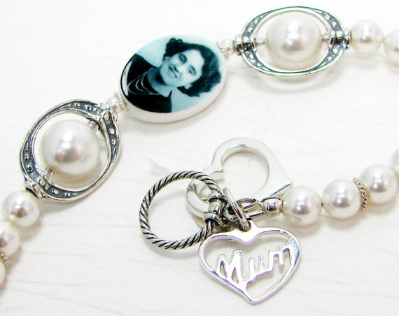 Pearl Bride's Bracelet with a Small Oval Photo Charm