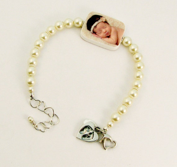 Custom Pearl and Photo Charm Bracelet - P2RaB3