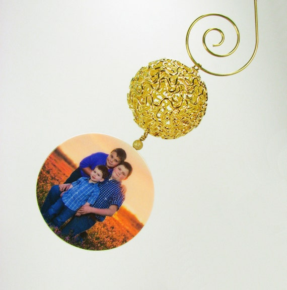 Custom Christmas Photo Ornament - OOSRnd - XS