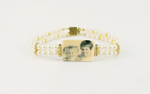 Gold Edition Vintage Style, Swarovski Pearl Photo Charm Bracelet - P2B2GF