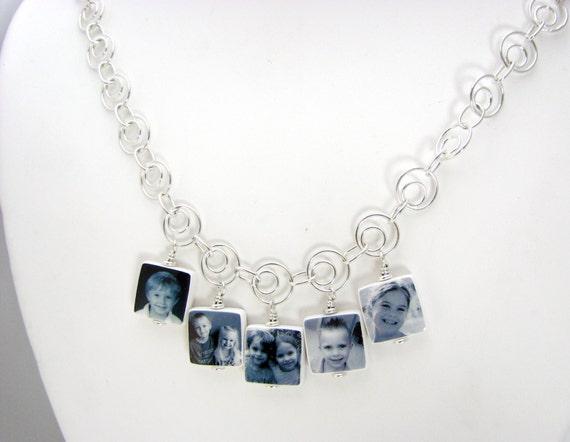 A Photo Charm Necklace that's Truly Timeless - C4x5N