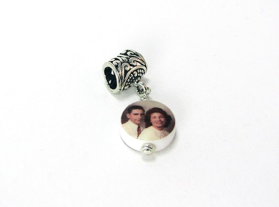 Round Mini Photo Charm - Custom Jewelry - C8f