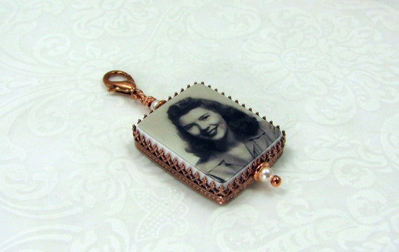 "Copper, Classic Framed Photo Pendant on a Lobster Claw Clasp - Medium (1"")"