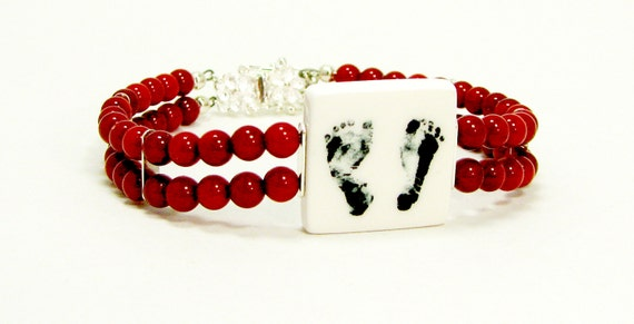 Red Natural Stone Photo Charm Bracelet - P3B11