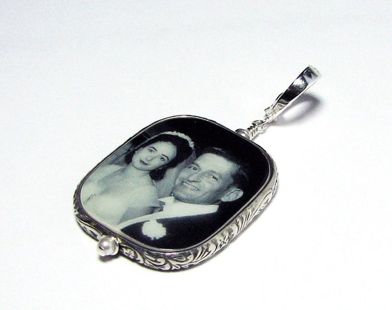 Sterling Silver Framed Photo Pendant with a Fancy Bail- Large - FP1RFf