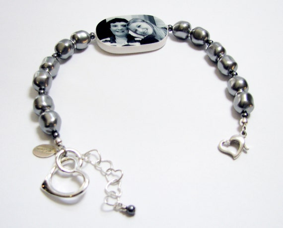 Silver, Gray Pearl Bracelet with a Large Photo Charm and Sterling Heart Charm -P1RaB3