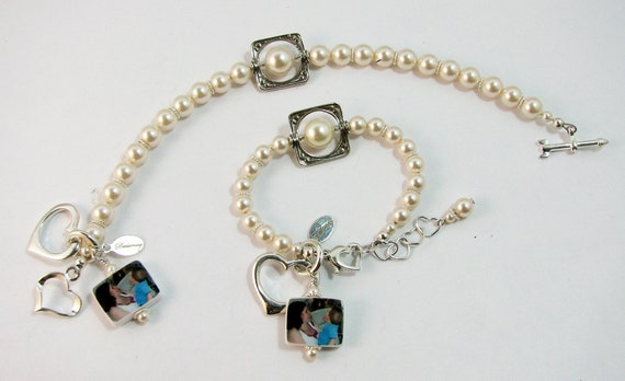 Pearl Bracelets for your Flower Girl and Maid of Honor with Small Photo Charms - C4B7x2